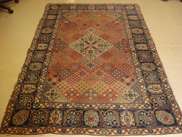 A Kashan rug Central Persia, 215cm x 135cm