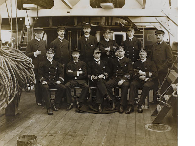 SCOTT and OFFICERS OF DISCOVERY Group portrait inc. Shackleton