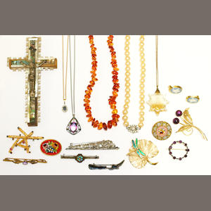 A collection of jewellery and costume jewellery
