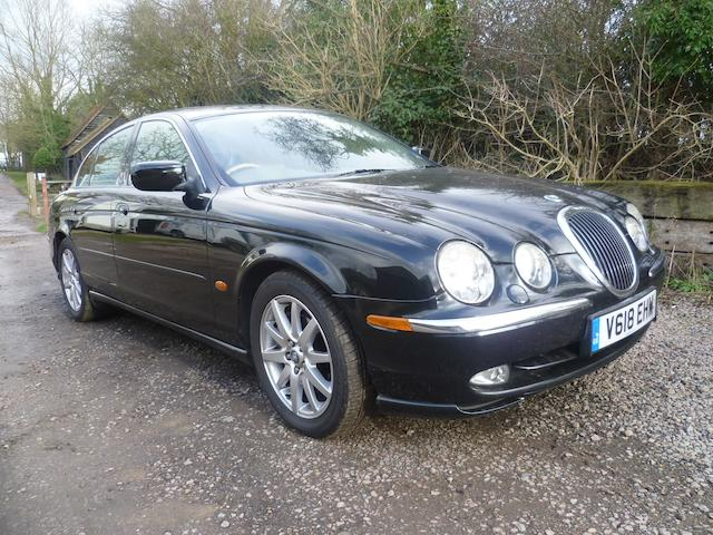 1999 Jaguar S-Type Sports Saloon  Chassis no. SAJAC01F8YGL47854 Engine no. GC991231146