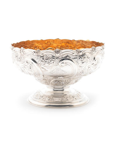 A late Victorian silver fruit bowl, by Martin Hall & Co, Sheffield 1899,