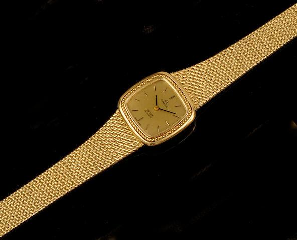 Omega: A lady's 18ct gold De Ville wristwatch