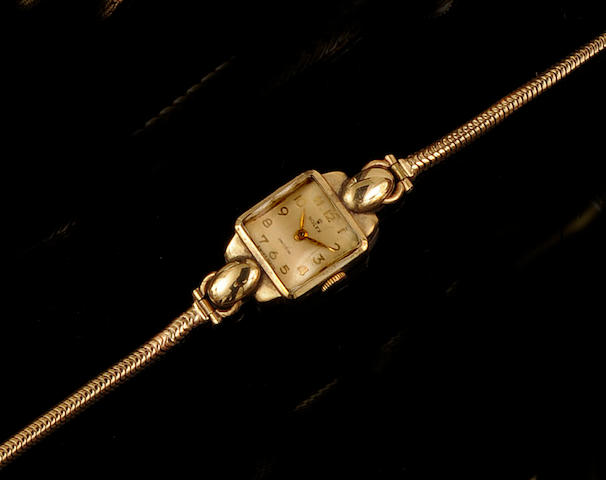 Rolex: A lady's 9ct gold wristwatch