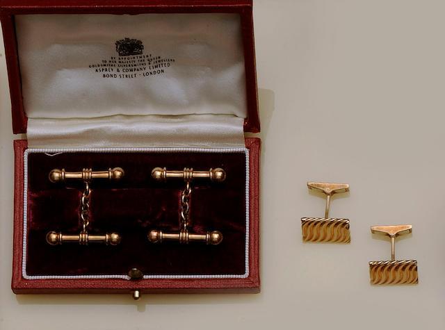 Kutchinsky: A pair of 9ct gold cufflinks