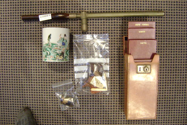 A collective lot, to include a First World War French periscope, a leather case of leather bound maps, a Chinese famille verte brush pot, a Chinese carved agate plaque, other small items (parcel)