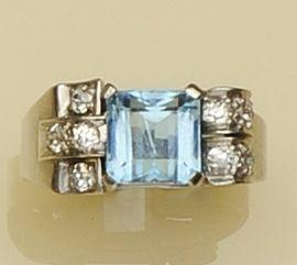 An aquamarine and diamond odeonesque style dress ring