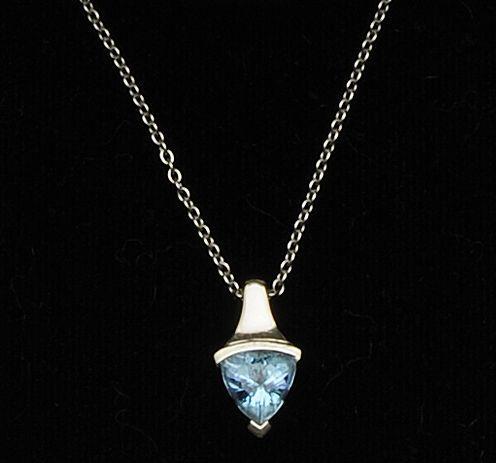 Boodles: An aquamarine pendant