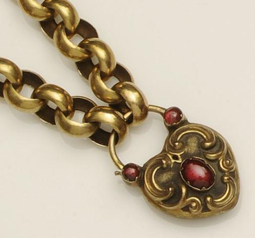 A Victorian belcher-link bracelet
