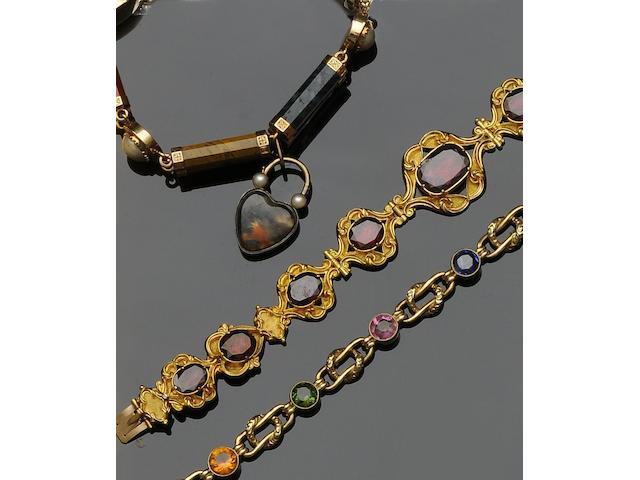 A half pearl and hardstone bracelet (3)