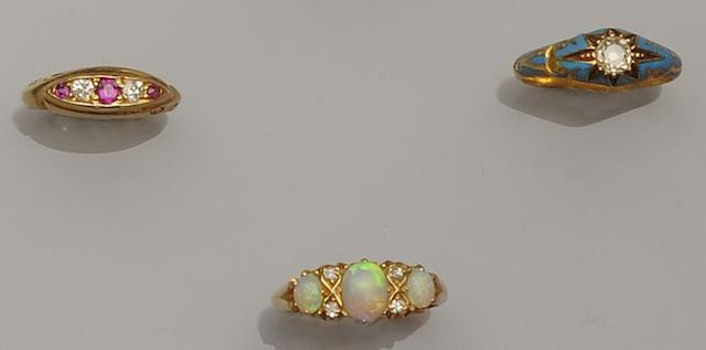 An opal and diamond half hoop ring (3)