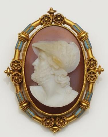 A mid-19th century hardstone cameo brooch, circa 1860
