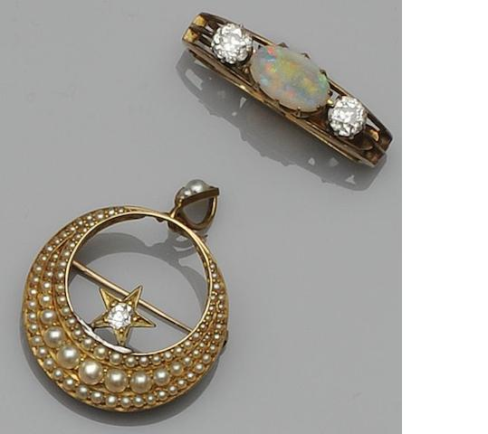 A Victorian opal and diamond stock pin (2)