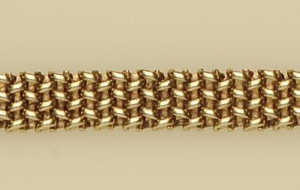 A 9ct gold woven-link chain necklace