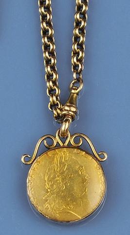 A Victorian gold chain