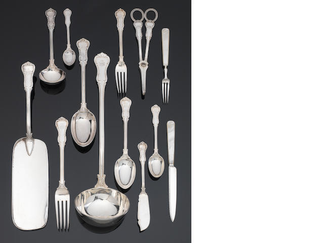 Goldsmiths and Silversmiths cauteau of cutlery