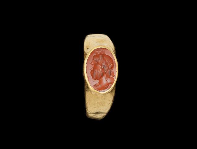 A Roman gold and jasper intaglio ring