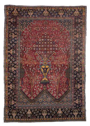 A Tehran rug, Central Persia, 197cm x 140cm