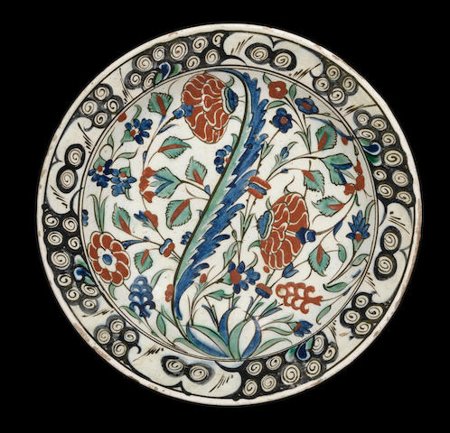 An Iznik pottery Dish Turkey, circa 1590