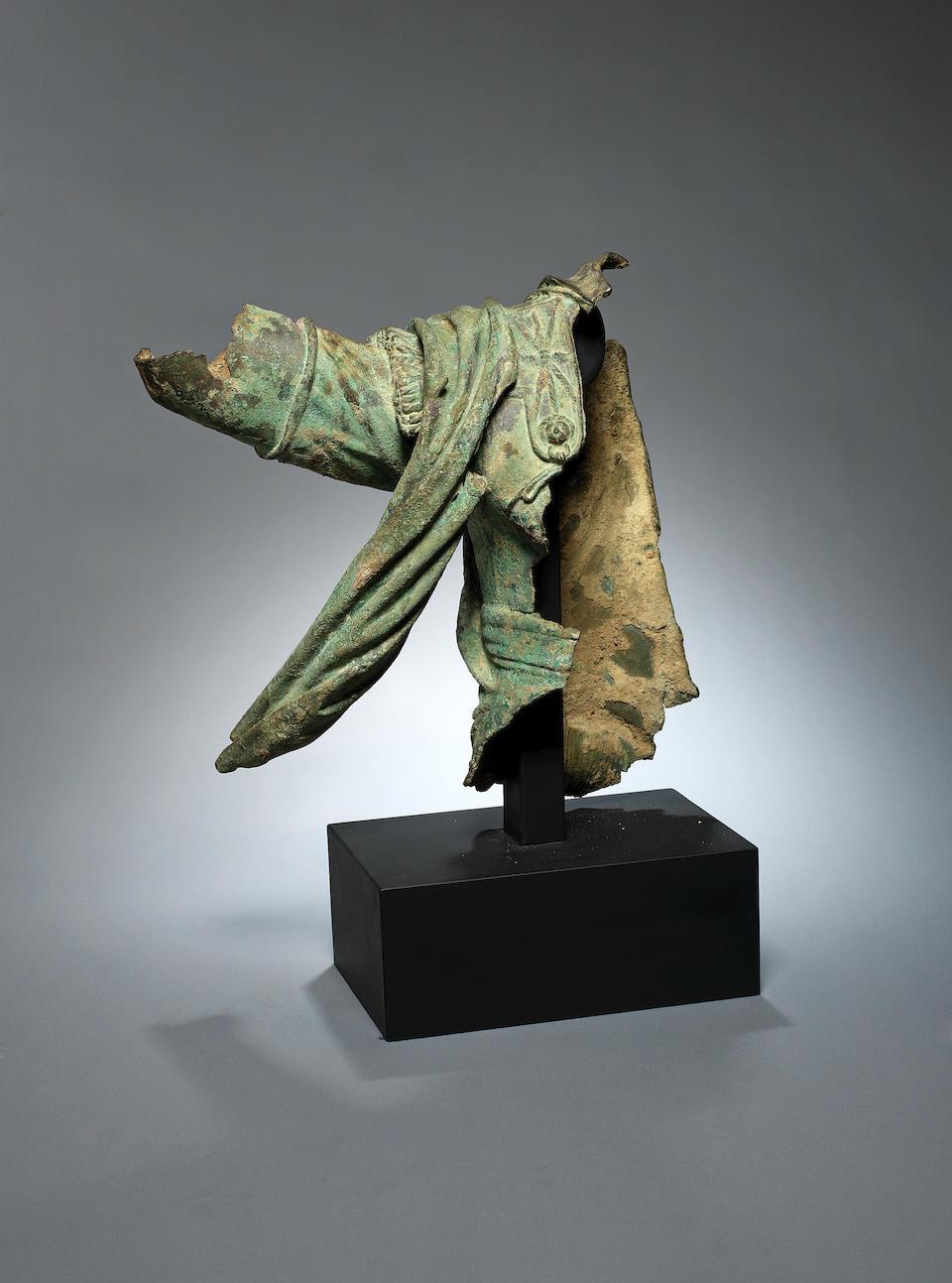 A Hellenistic bronze statue fragment