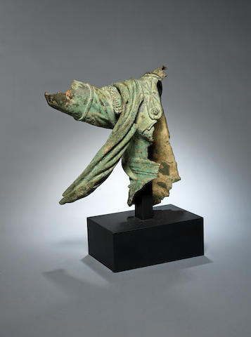 A Hellenistic bronze statue fragment
