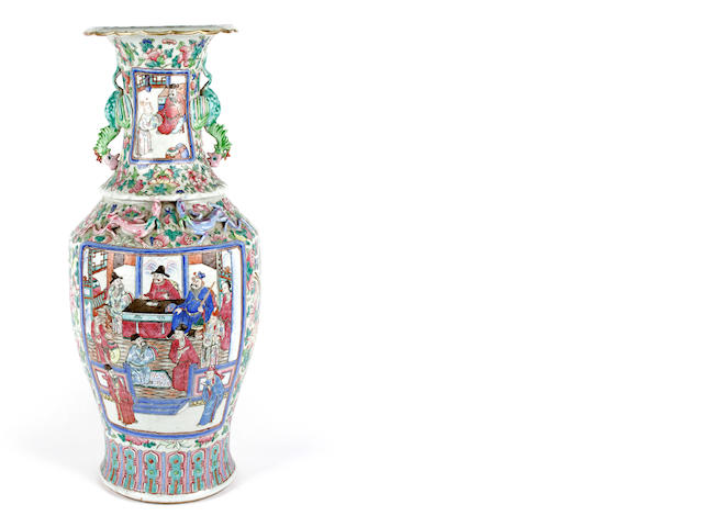 A Chinese export famille rose vase, 19th Century