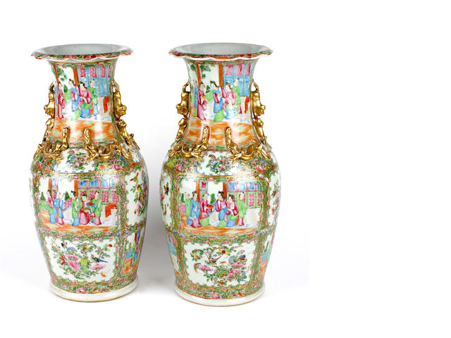 A pair of Chinese famille rose vases, late 19th century