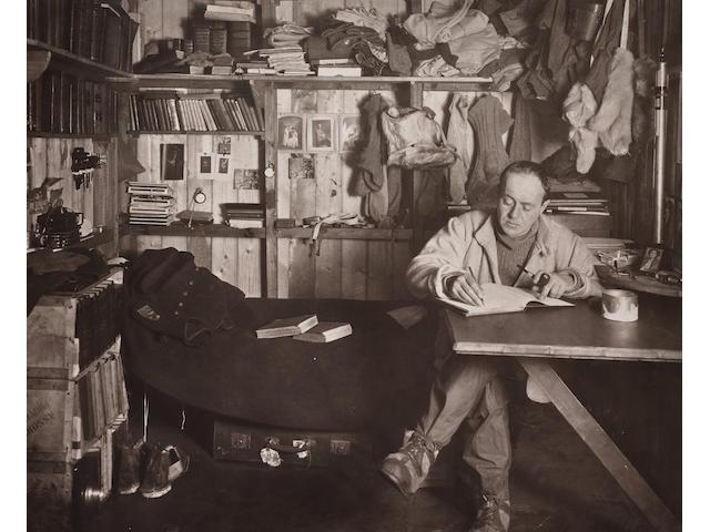 Herbert Ponting, Captain Scott in his den, 1911