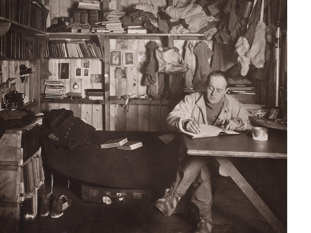 Herbert Ponting, Captain Scott in his den, 1911