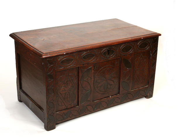 A small early 18th century oak coffer