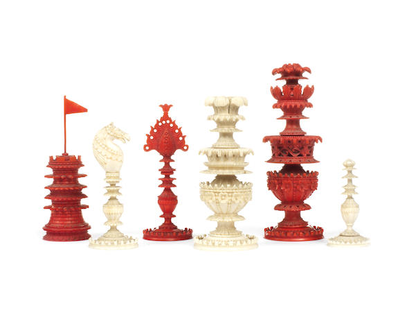 An Indian Export ivory chess set, Berhampore, early/mid 19th century,