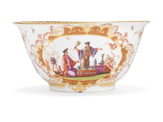 A Meissen waste bowl, circa 1723