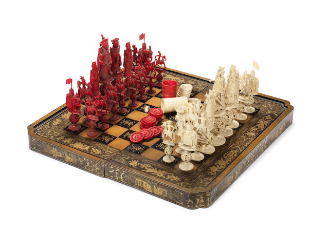 A Chinese Export ivory puzzle-ball chess set, Canton, early 19th century,