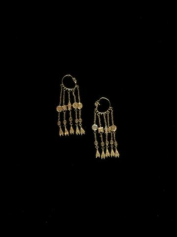 A pair of gold Earrings with attachments Persia, 11th Century(2)