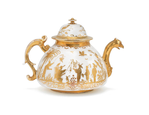 A Meissen teapot with cover