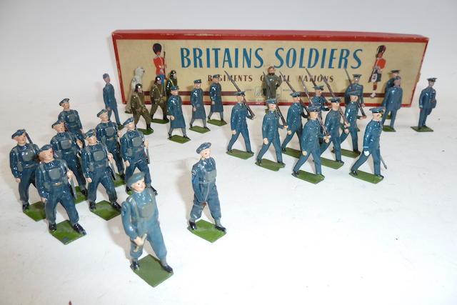 Britains Royal Air Force, set 2073 marching at the slope 30