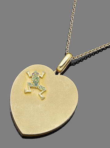 A heart-shaped pendant necklace