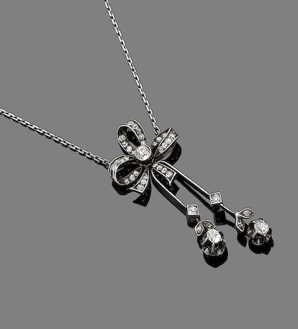 A diamond negligée pendant,