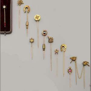 A large collection of stickpins (27)