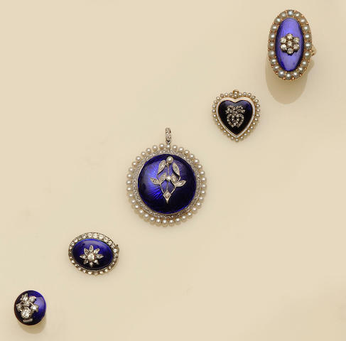 A collection of blue enamel and gem set jewellery (5)