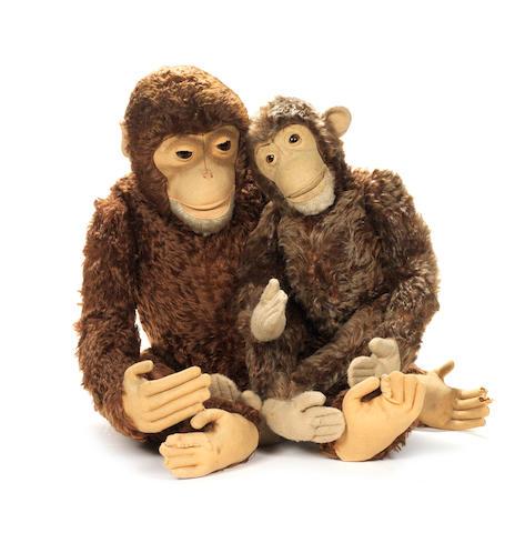 Large Steiff mohair monkey, 1930's 2
