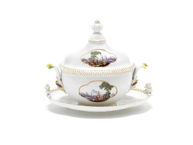 A Meissen tureen, cover and stand