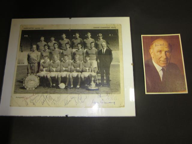 1964/65 Manchester United League Champions hand signed picture