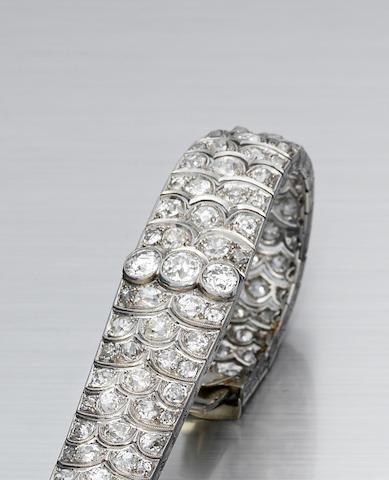 A diamond bracelet,