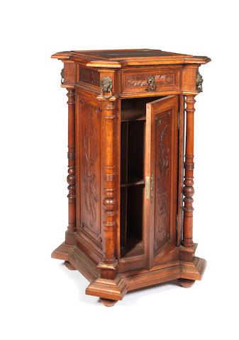 An oak Gramophone pedestal, circa 1906,