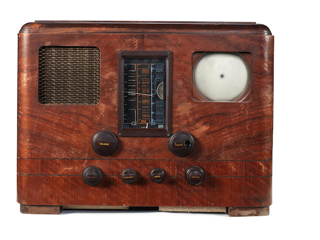 A rare HMV type 904 television and wireless receiver, late 1938,