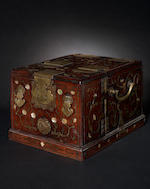A travelling dressing box Qing Dynsaty or later