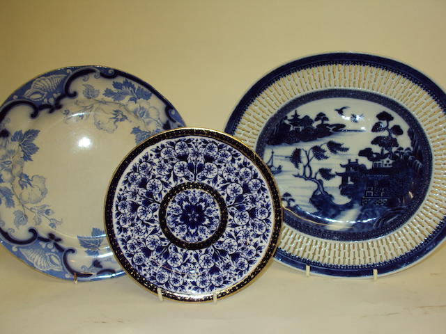 A quantity of blue and white pottery