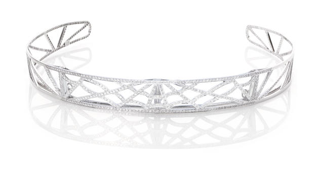 A diamond bandeau, by Chaumet (illustrated above)