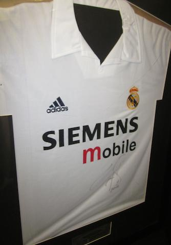 2004 Real Madrid Raul hand signed match worn shirt