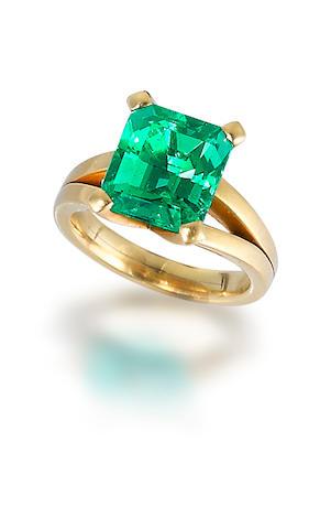 An emerald ring